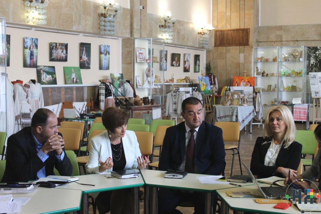 У міській раді обговорили розробку Стратегії розвитку Новояворівської громади